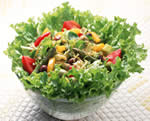 生野菜のサラダは体を冷やす?