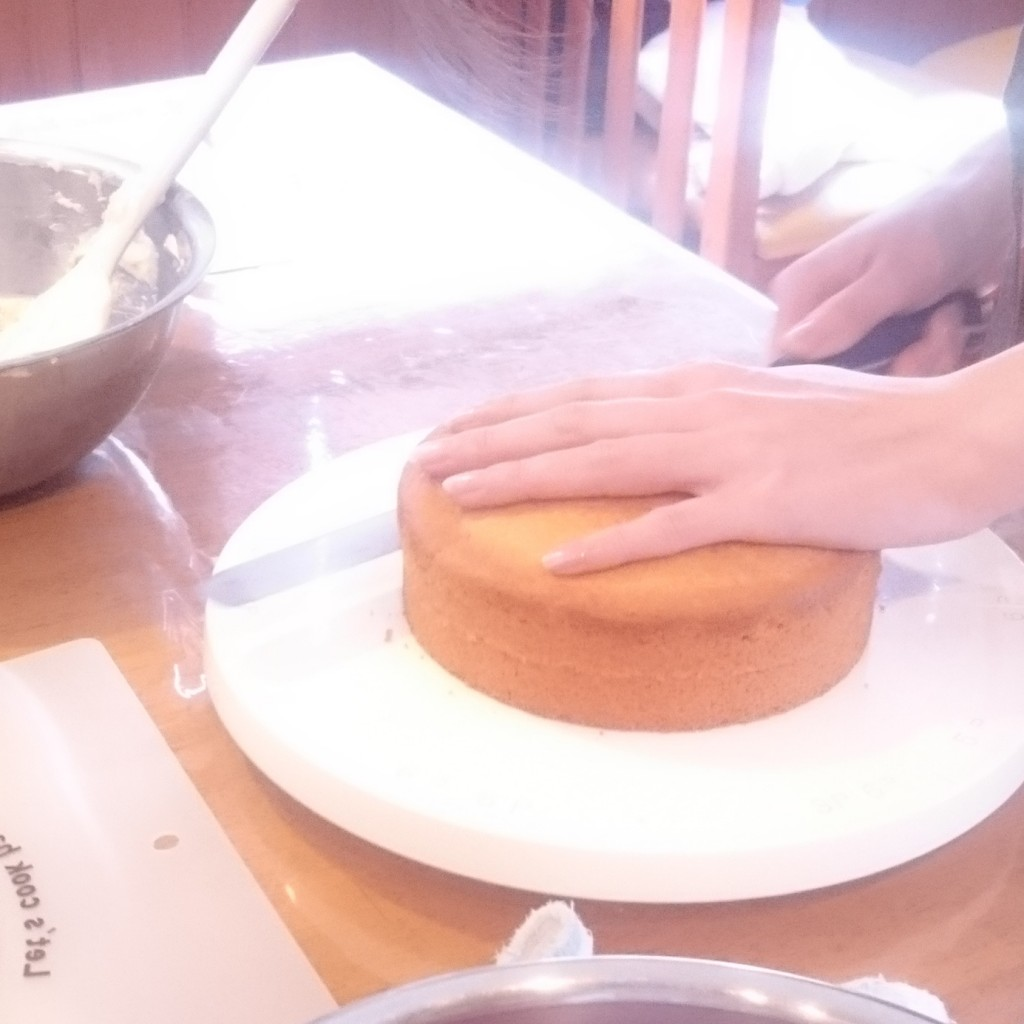 マクロビ系クリームでデコレーションケーキ教室開催しました