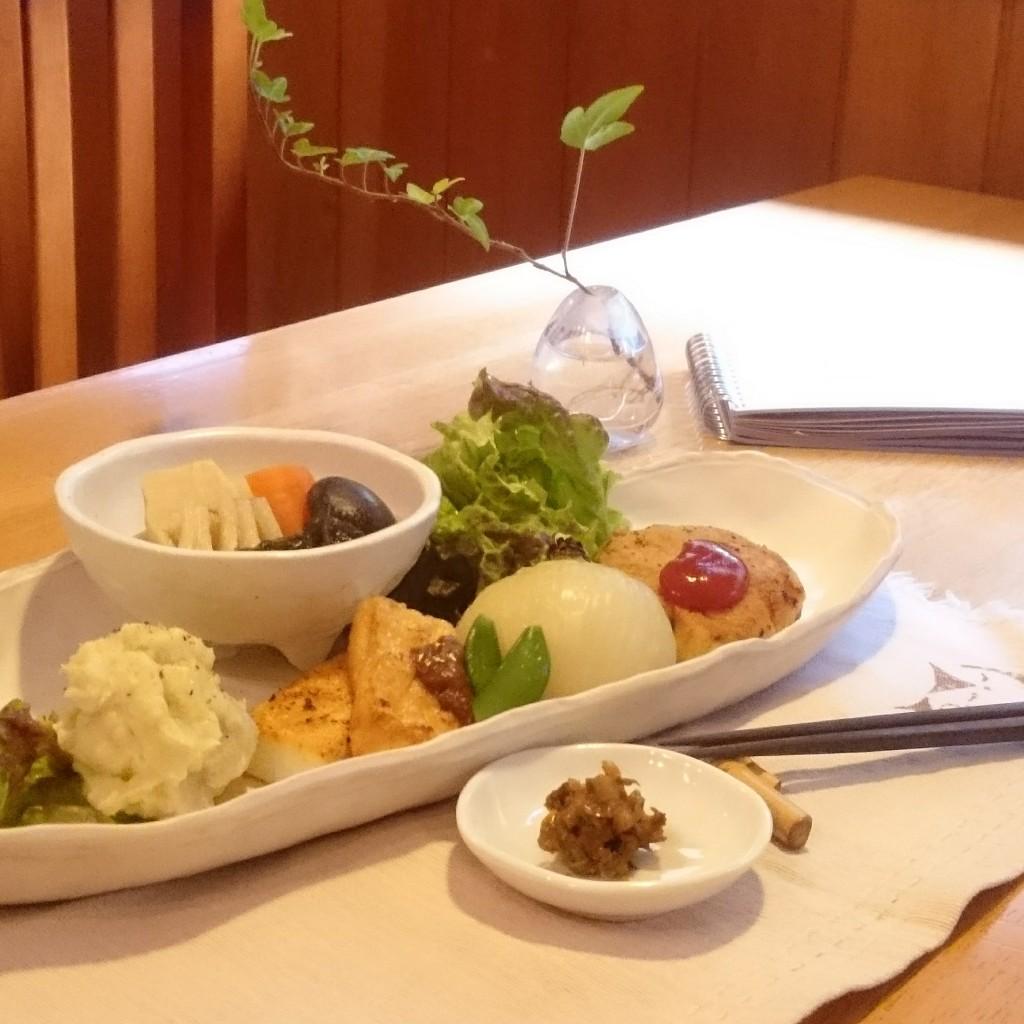 野菜をたっぷり食べよう!ランチの副菜をご紹介(4/20-23)